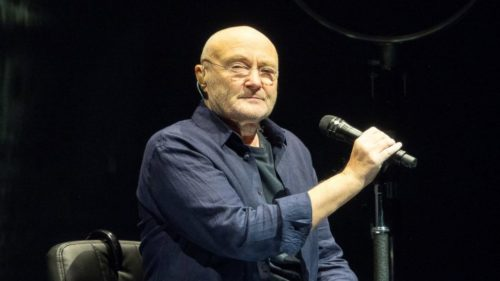 Phil Collins – Another Day In Paradise (Live at Montreux 2004)