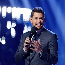 Michael Bublé Sings 'It's Beginning To Look A Lot Like Christmas